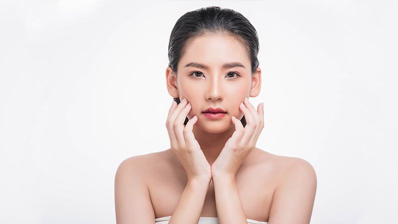 Mẹo giảm các đốm nâu trên da không cần đến spa